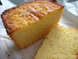 Lemon Drizzle Cake1